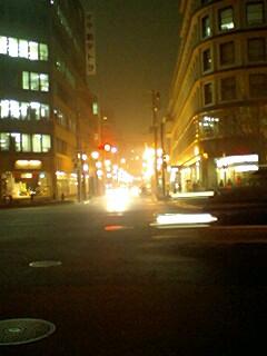 これは夜に撮った画ですが、なぜか眩しくて気に入ってます。