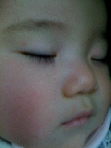 寝る娘は育つ。